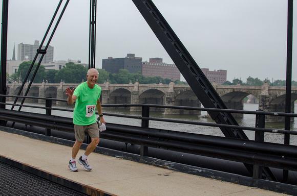 Older Gentleman participates in the Harrisburg Pasta 5k Run 2014
