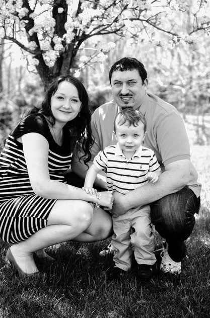 Family of Three Spring Portrait Session