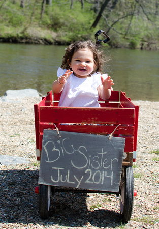 Ellie is going to be a big sister in July!